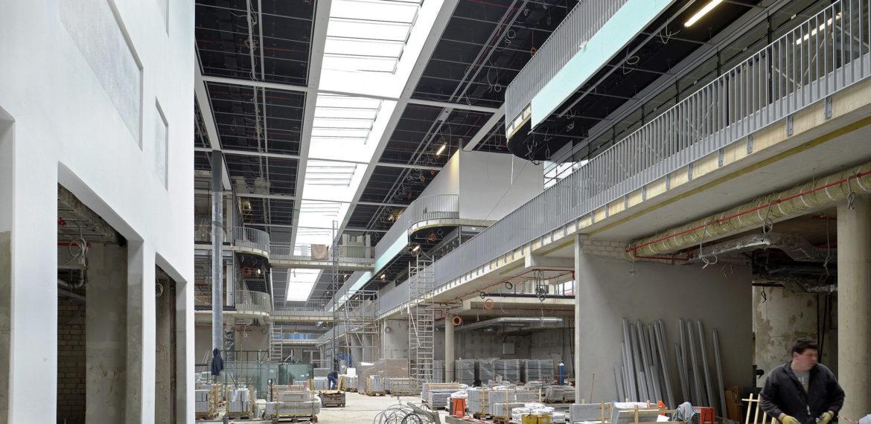 Abgerüstete Haupthalle des neuen Hauptbahnhofs Münster der DB Station&Service AG. Foto am 21. Februar 2017.