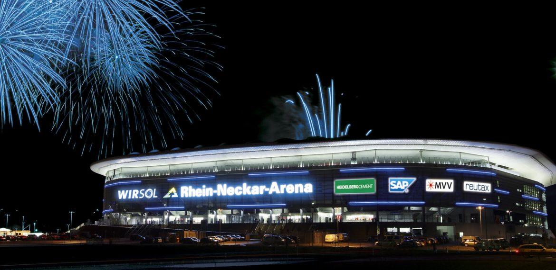 Sinsheim. 1899 Hoffenheim. Eroefffnung der Rhein-Neckar-Arena am 24.01.2009. www.fotopfeifer.de